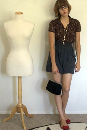 red Urban Outfitters shoes - black vintage purse - gray American Apparel skirt -