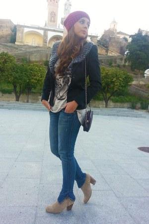 Stradivarius t-shirt - Zara boots - Mango jacket