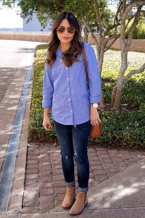 navy slouchy Forever 21 jeans - tan Forever 21 boots - tawny leather Aldo bag