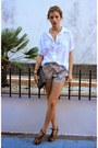 Heather-gray-le-chateau-purse-light-pink-zara-shorts-white-forever-21-top