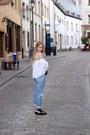 Light-blue-levis-jeans-black-chanel-purse-white-sheinside-blouse