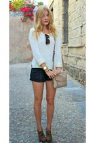 tan kate spade purse - white Forever 21 sweater - navy Missguided shorts