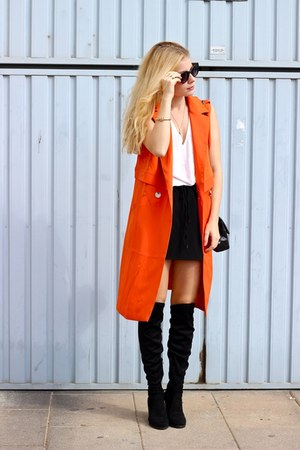 carrot orange Yoins vest - black Sante shoes boots - black Chanel purse