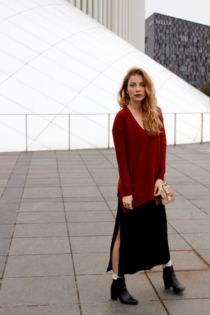 black H&M boots - black H&M dress - brick red Forever 21 sweater