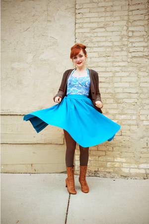 turquoise blue vintage skirt - tawny oxford modcloth boots