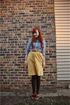 navy gingham Ruche top - dark brown tights - tawny thrifted belt