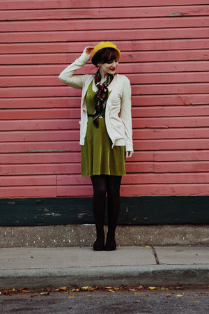 black thrifted shoes - olive green velvet vintage dress - gold beret Target hat