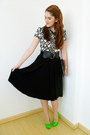 Black-midi-skirt-kosher-casual-skirt-black-clutch-asos-bag