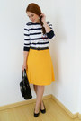 Yellow-excursion-usa-skirt-black-liz-claiborne-purse