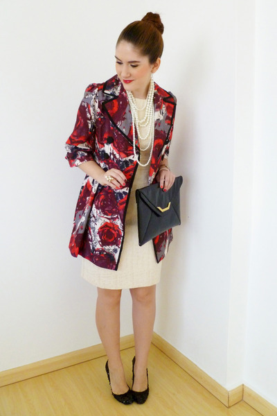 red Forever21 coat - cream gold threads Mossimo dress - black clutch asos bag