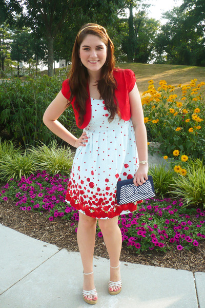 f68b28c8d86c white dress - red J2J jacket - navy purse - white wedges
