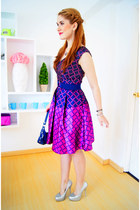 magenta a-line eShakti dress - navy purse Tommy Hilfiger bag
