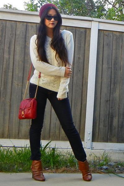 chain Chloe  Isabel bracelet - brown wedge booties Steve Madden boots