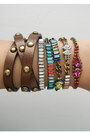 Bracelets-chloe-isabel-bracelet-black-cotton-stripes-roxy-cardigan