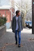 Copy t-shirt - Steve Madden boots - Zara jeans - H&M sweater