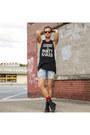 Steve-madden-boots-levis-shorts-richer-poorer-socks-ray-ban-sunglasses