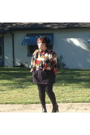 graphic thrifted blouse - black Accessorize shoes - black Target hat
