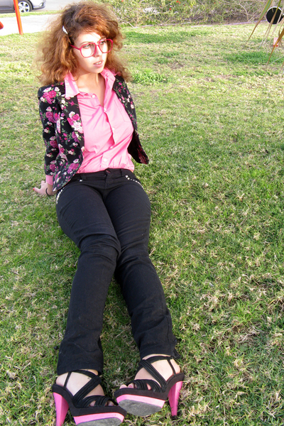 pink H&M blazer - pink H&M shirt - black H&M customised jeans - black Newlook sh