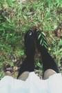Light-pink-asos-dress-black-black-knee-high-ebay-stockings