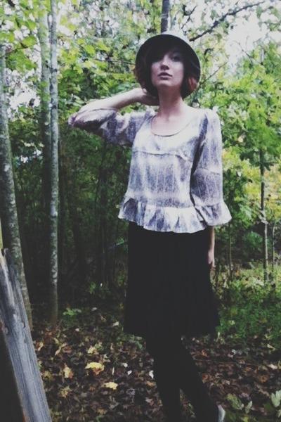 wool cloche hat - silk floral Ruche blouse