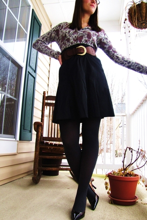 brown shoes - gray American Eagle tights - black Macys skirt - gray thrifted car