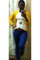 blue skinny H&M jeans - white Zara t-shirt - mustard Forever 21 cardigan
