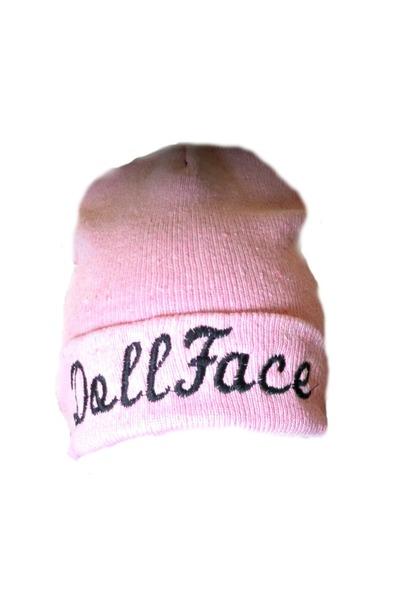 trendkream hat