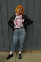 vintage shoes - vintage jeans - old jacket - vintage belt - Etsy t-shirt