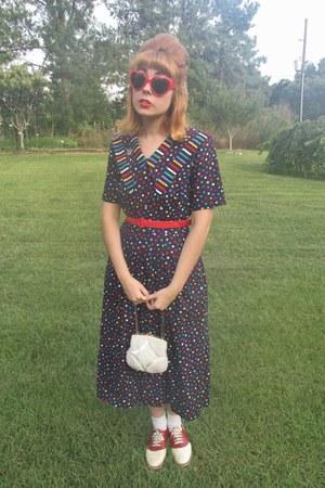 vintage purse - Bass shoes - thrifted vintage dress - Ebay sunglasses