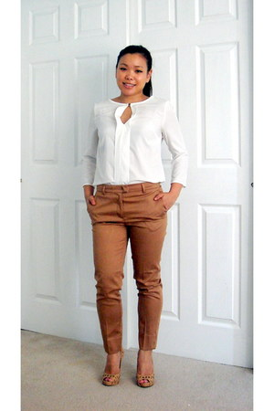 white H&M shirt - tan trousers H&M pants - beige peep toe BCBGeneration pumps