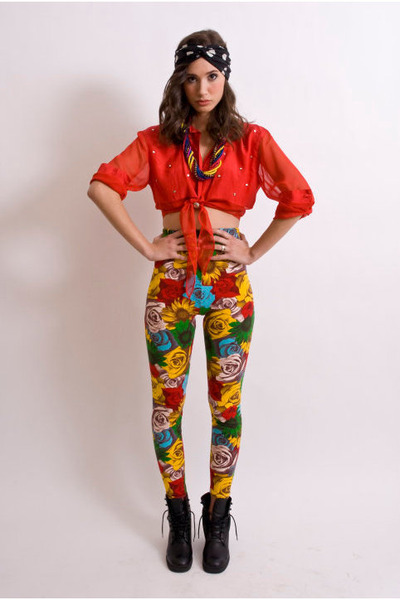 red Elegantly Wasted Vintage blouse - Elegantly Wasted Vintage leggings