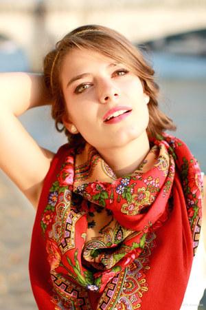 comtessesofia scarf