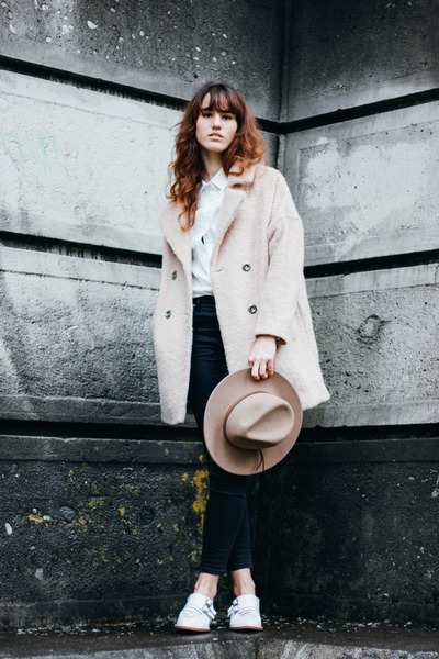 beige free people coat - black madewell jeans - white Nasty Gal top