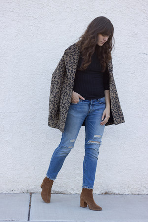light brown Somedays Lovin coat - brown free people boots - sky blue Levis jeans