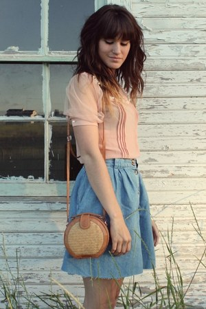 sky blue vintage skirt - bronze vintage bag - peach pearl collar blouse