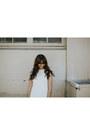 White-mutma-shoes-white-delacy-dress
