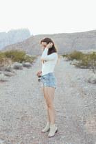 tan Matisse boots - sky blue Levis shorts - ivory PYLO bodysuit