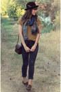 Mustard-top-dark-brown-vintage-stetson-hat-navy-knitted-scarf