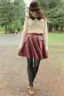 Dark-brown-vintage-hat-peach-blouse-maroon-skirt