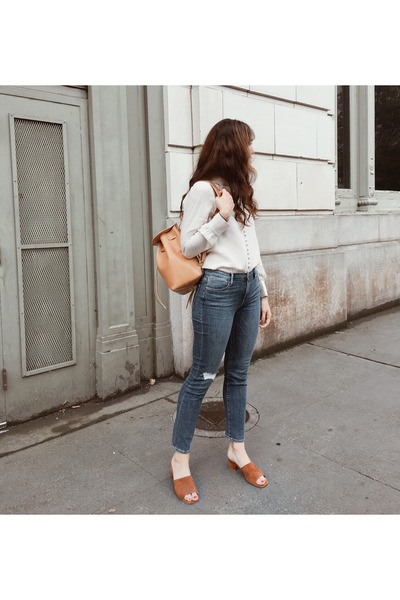 navy Frame jeans - off white Frame shirt - burnt orange Need Supply Co heels