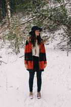 ruby red BB Dakota coat - off white Imogene  Willie top