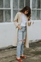 nude vintage coat - sky blue Levis jeans - tawny Jeffrey Campbell heels