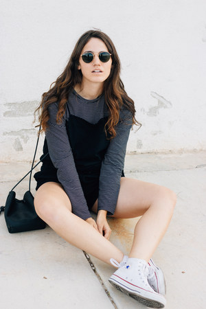 black Kozha Numbers bag - black THIRD FORM romper - white Converse sneakers