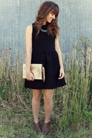turquoise blue necklace - dark brown boots - black dress