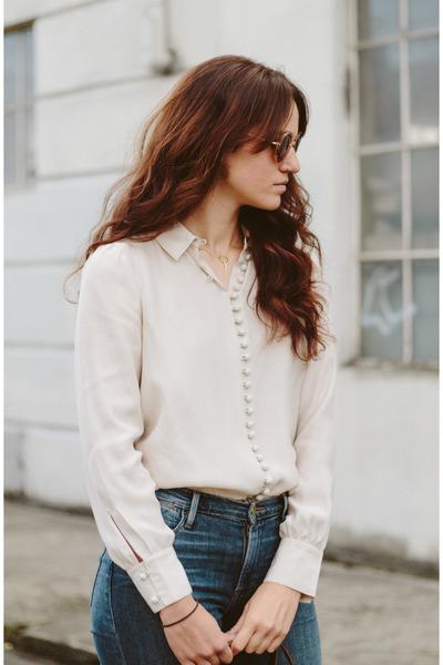 navy Frame jeans - eggshell Frame blouse - burnt orange sandals