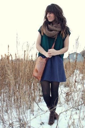 navy Gap dress - brown thrifted Gap bag - forest green cropped Forever 21 top