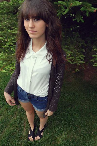 off white button vintage top - blue diy high waist shorts