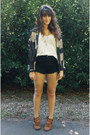 Black-shorts-army-green-coat-black-floral-blouse-gold-necklace