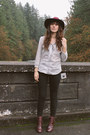 Maroon-shoe-mint-boots-ivory-prairie-well-blouse-black-free-people-pants