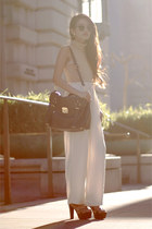 cream trousers The Caravan pants - cynthia rowley bag - The Caravan sunglasses